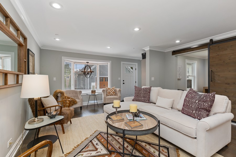 Real Estate Photography - 200 W Station St, Barrington, IL, 60010 - Family Room