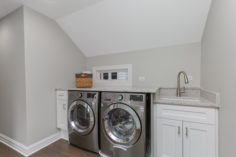 Real Estate Photography - 200 W Station St, Barrington, IL, 60010 - Laundry Room