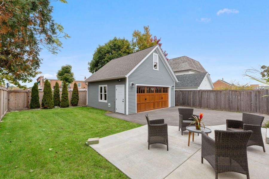 Real Estate Photography - 200 W Station St, Barrington, IL, 60010 - Patio