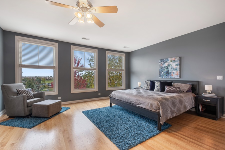 Real Estate Photography - 2044 Valor Ct, Glenview, IL, 60026 - Master Bedroom