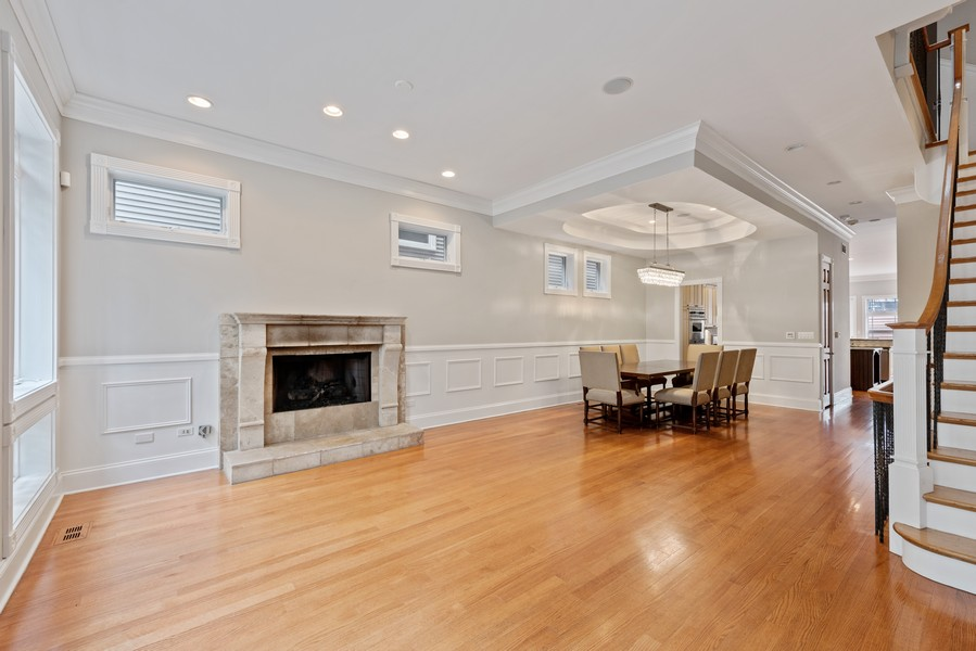 Real Estate Photography - 2720 N Bosworth, Chicago, IL, 60614 - Living Room