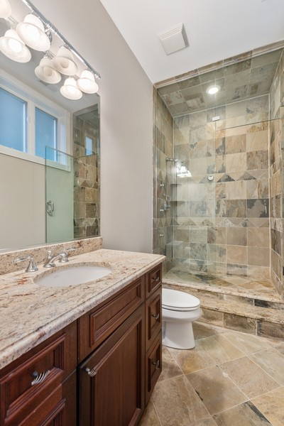 Real Estate Photography - 2720 N Bosworth, Chicago, IL, 60614 - Bathroom