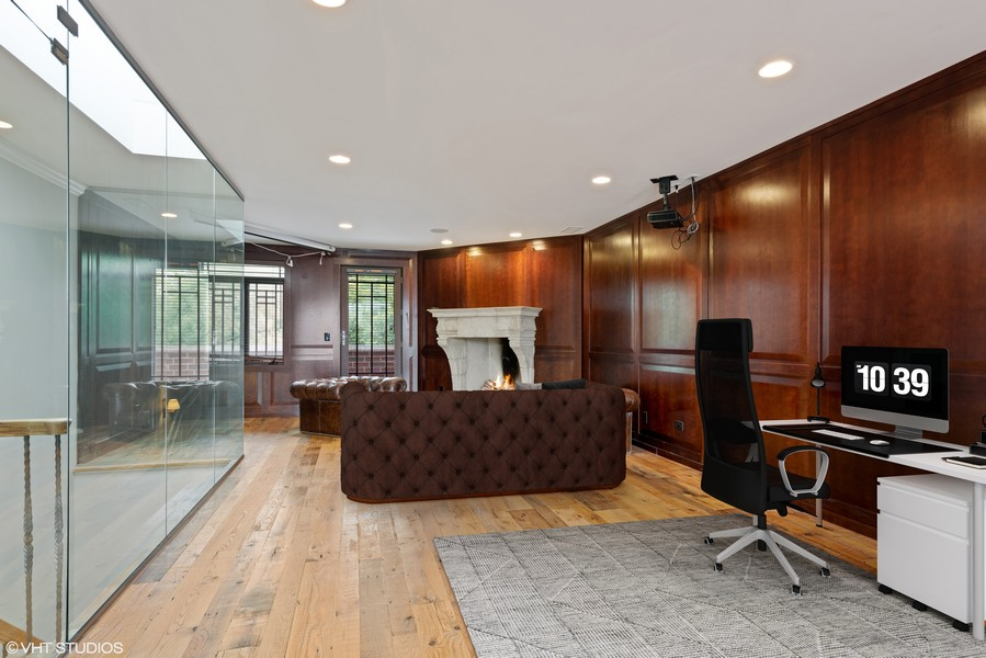 Real Estate Photography - 2720 N Bosworth, Chicago, IL, 60614 - Bonus Room