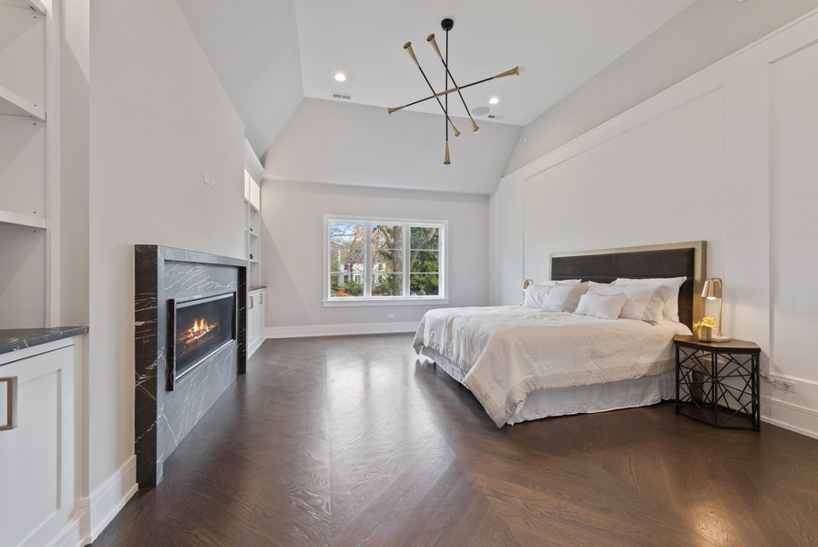 Real Estate Photography - 901 Bluff Rd, Glencoe, IL, 60022 - Master Bedroom