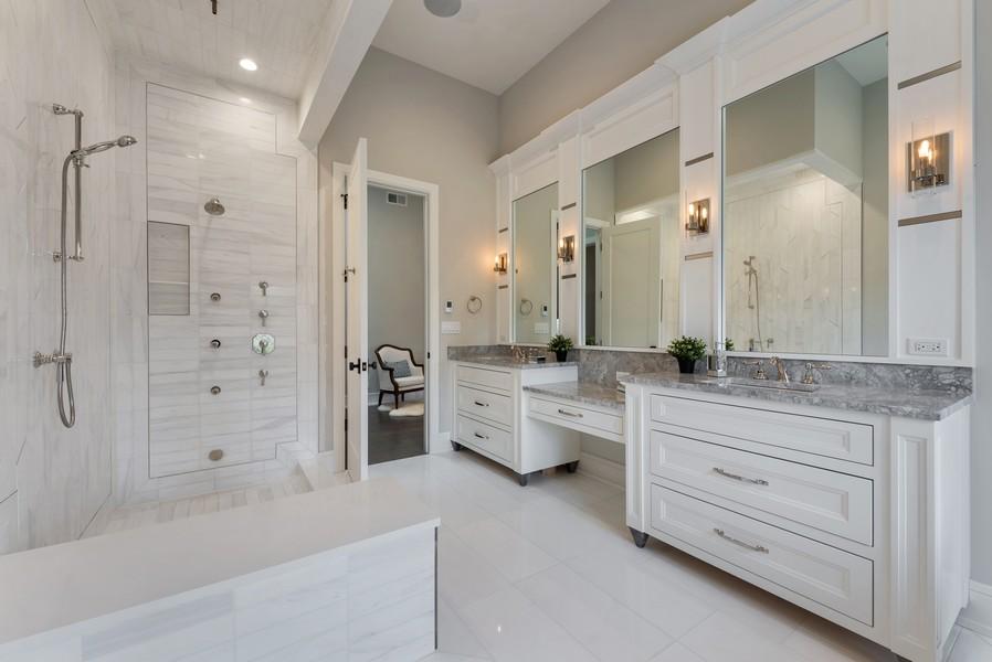 Real Estate Photography - 901 Bluff Rd, Glencoe, IL, 60022 - Master Bathroom
