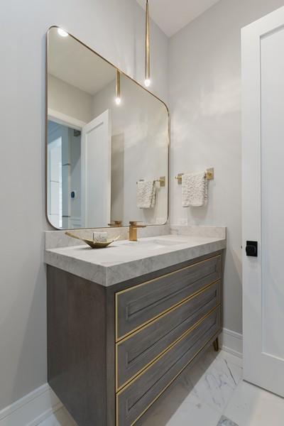 Real Estate Photography - 901 Bluff Rd, Glencoe, IL, 60022 - Half Bath