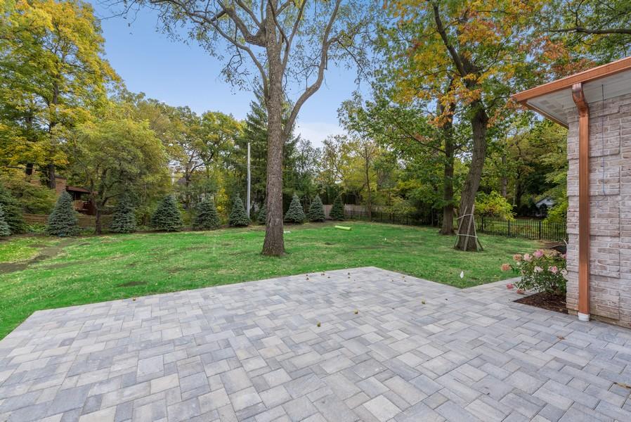 Real Estate Photography - 901 Bluff Rd, Glencoe, IL, 60022 - Patio