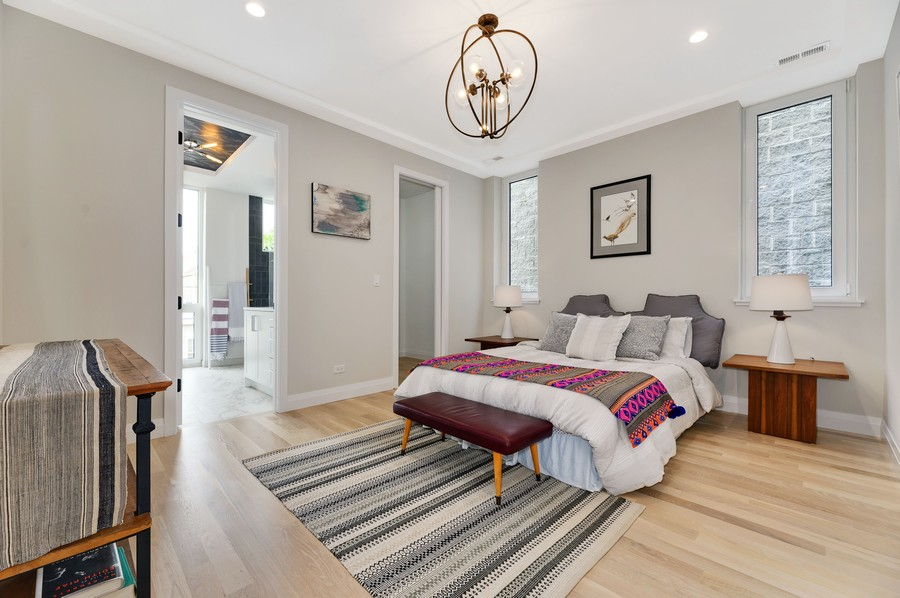 Real Estate Photography - 2721 W Haddon, 3W, Chicago, IL, 60622 - Master Bedroom