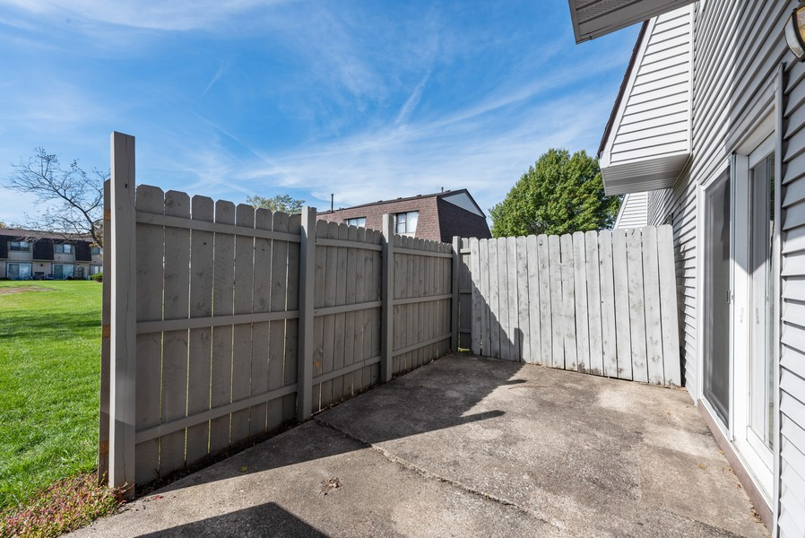 Real Estate Photography - 367 E 59Th Place, Merriville, IN, 46410 - Patio
