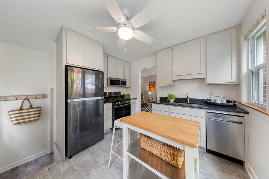 Real Estate Photography - 2230 South 11th Ave, North Riverside, IL, 60546 - Kitchen