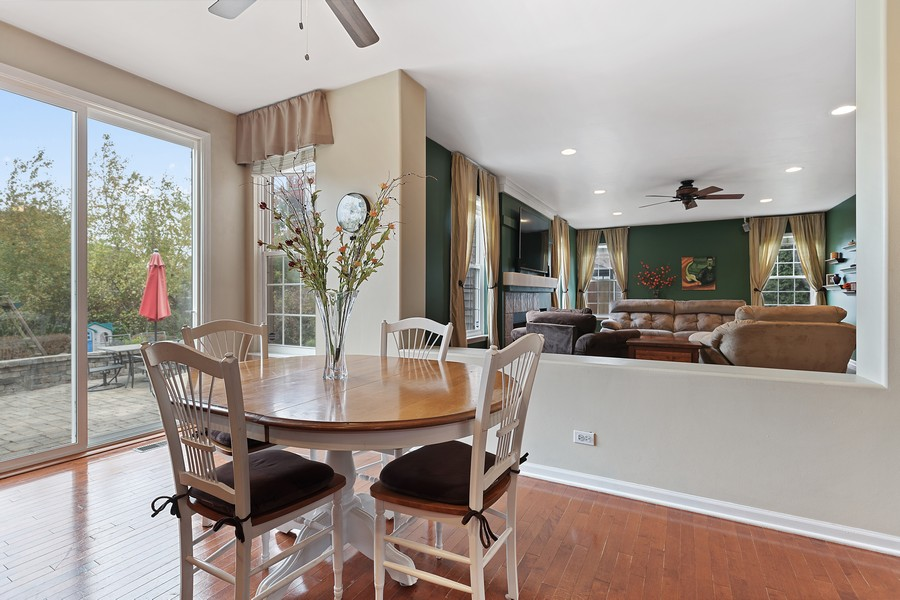 Real Estate Photography - 1300 Mulberry, Cary, IL, 60013 - Breakfast Area