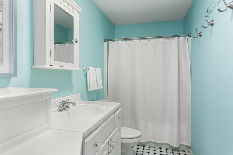 Real Estate Photography - 300 Oselka Dr, Unit 163, New Buffalo, MI, 49117 - Bathroom