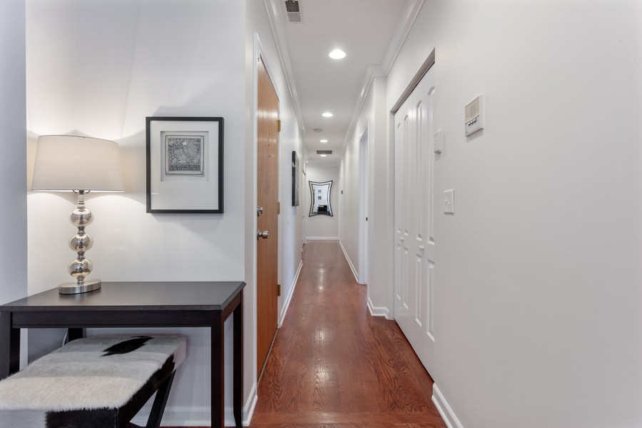 Real Estate Photography - 3971 S Ellis St, chicago, IL, 60653 - Hallway