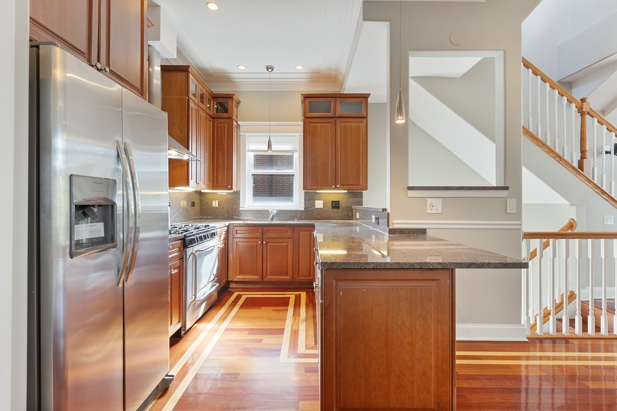 Real Estate Photography - 3231 N Racine, Unit 3, Chicago, IL, 60657 - Kitchen