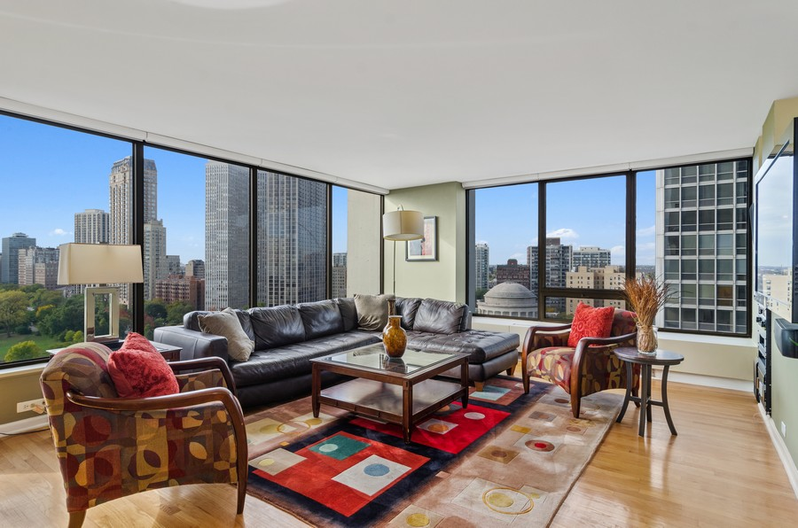 Real Estate Photography - 2800 N. Lake Shore Drive, Unit 1716, Chicago, IL, 60657 - Huge Living Room w/panoramic views