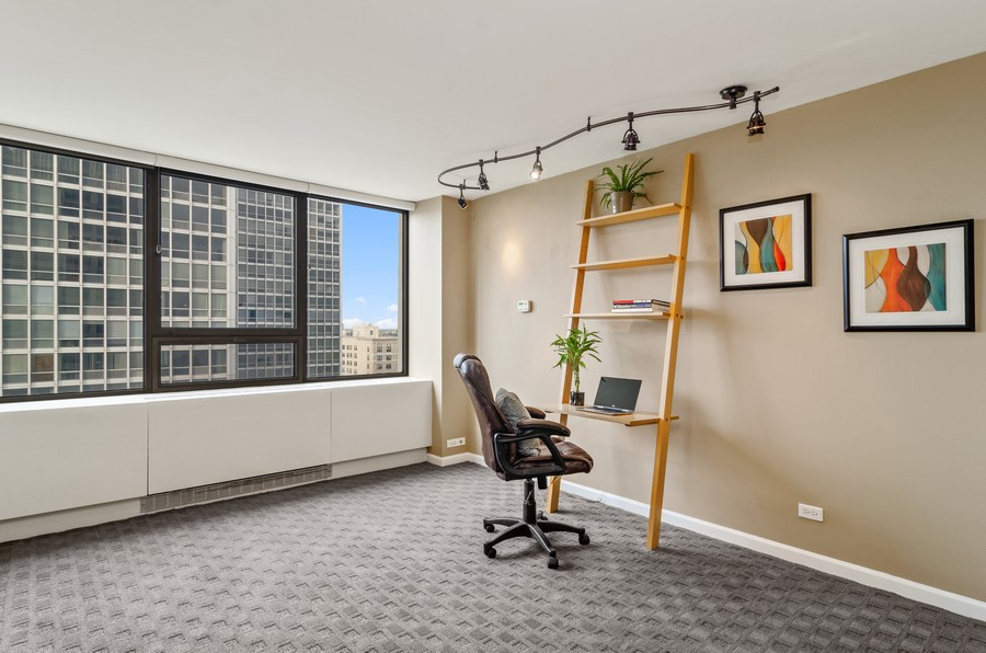 Real Estate Photography - 2800 N. Lake Shore Drive, Unit 1716, Chicago, IL, 60657 - Second Large Bedroom