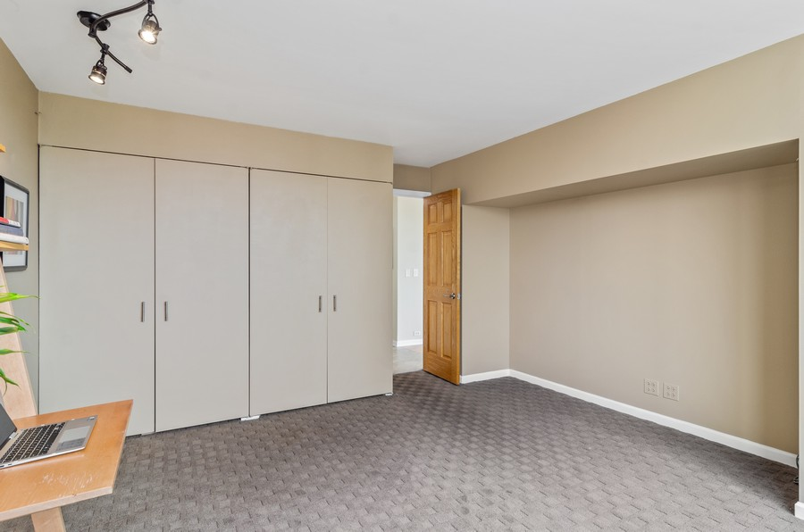 Real Estate Photography - 2800 N. Lake Shore Drive, Unit 1716, Chicago, IL, 60657 - Second Bedroom w/Double Closets