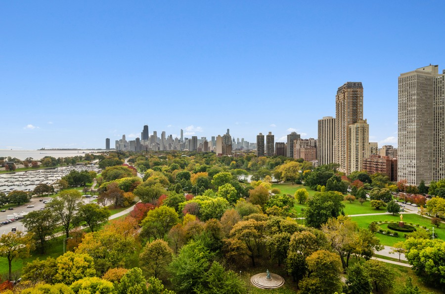 Real Estate Photography - 2800 N. Lake Shore Drive, Unit 1716, Chicago, IL, 60657 - Skyline View from every window