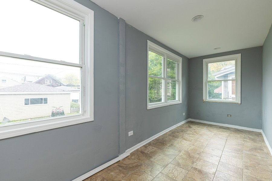 Real Estate Photography - 1416 Highland Ave, Berwyn, IL, 60402 - Sunroom