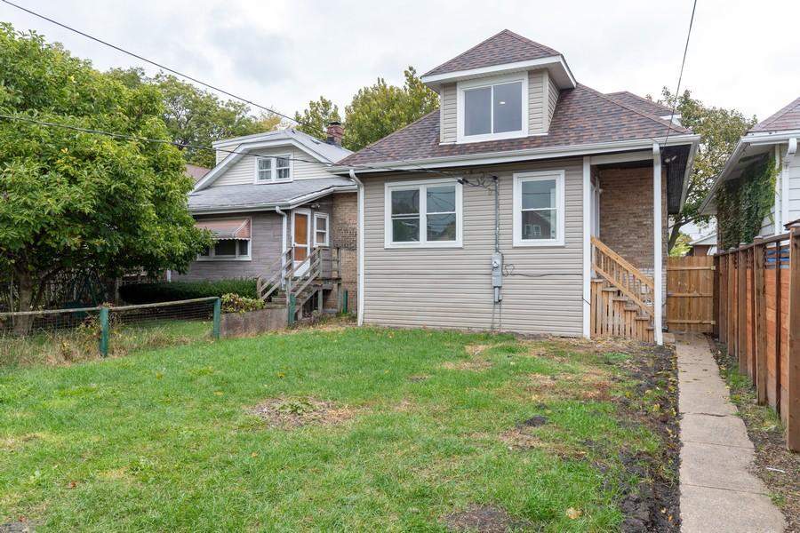 Real Estate Photography - 1416 Highland Ave, Berwyn, IL, 60402 - Back Yard