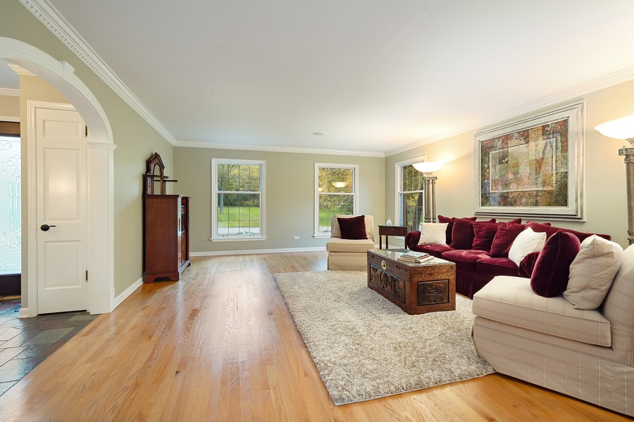 Real Estate Photography - 108 Fox Hunt Trl, Barrington, IL, 60010 - Living Room