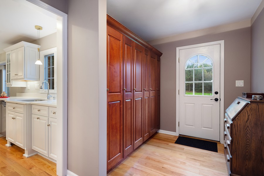 Real Estate Photography - 108 Fox Hunt Trl, Barrington, IL, 60010 - Mudroom