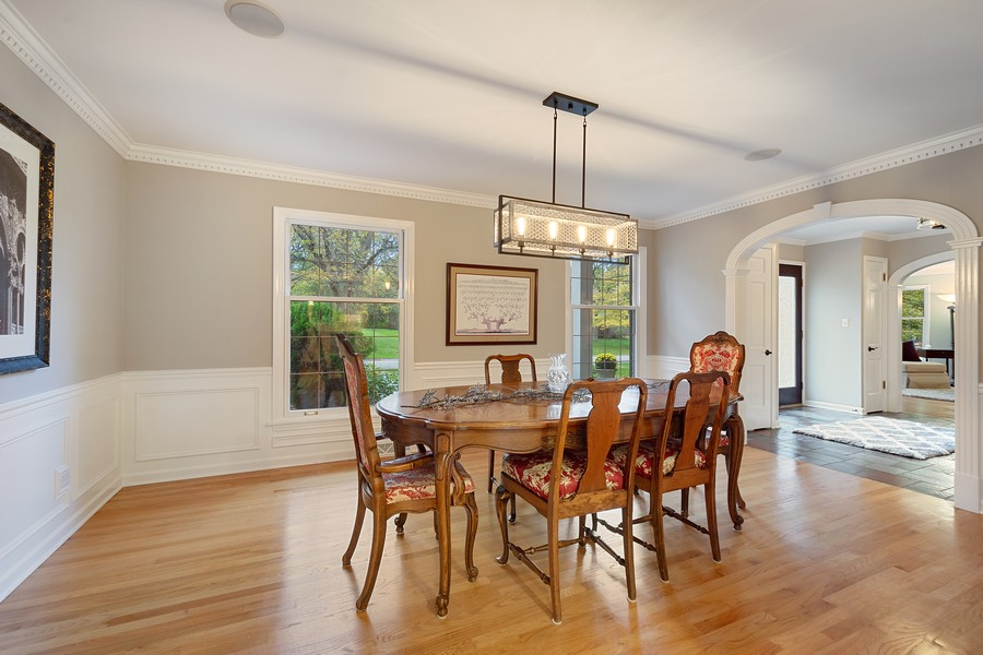 Real Estate Photography - 108 Fox Hunt Trl, Barrington, IL, 60010 - Dining Room
