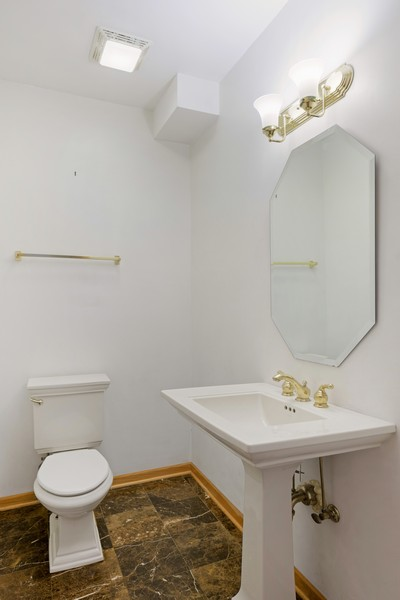 Real Estate Photography - 1433 S Prairie Ave, Chicago, IL, 60605 - Half Bath