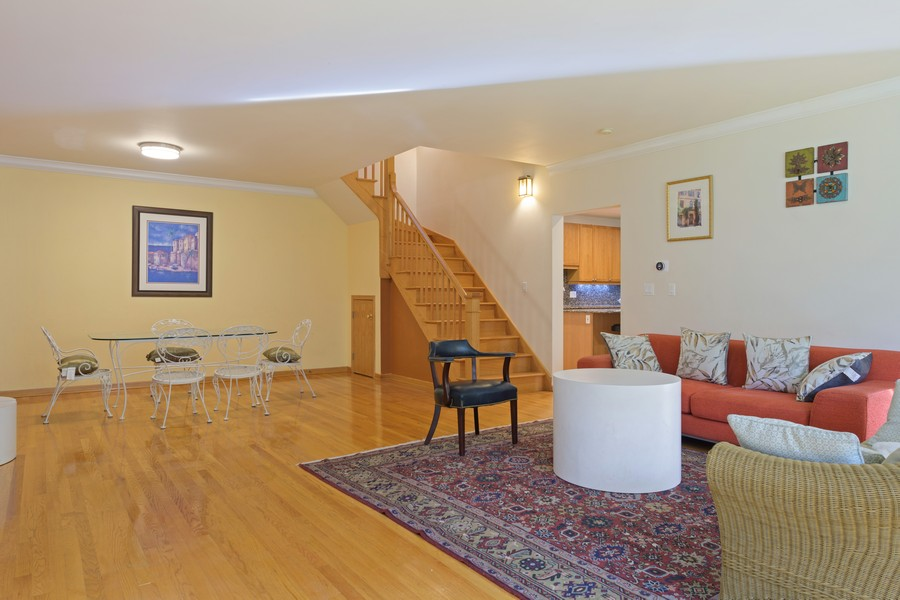 Real Estate Photography - 1433 S Prairie Ave, Chicago, IL, 60605 - Living Room / Dining Room