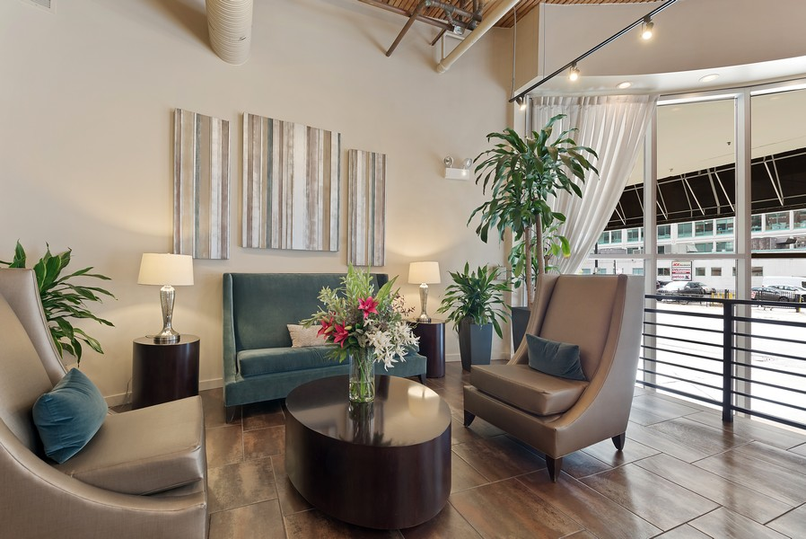 Real Estate Photography - 360 W Illinois Street, Apt 9D, Chicago, IL, 60654 - Lobby