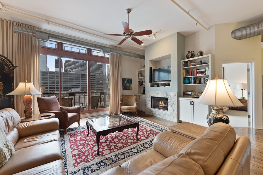 Real Estate Photography - 360 W Illinois Street, Apt 9D, Chicago, IL, 60654 - Living Room