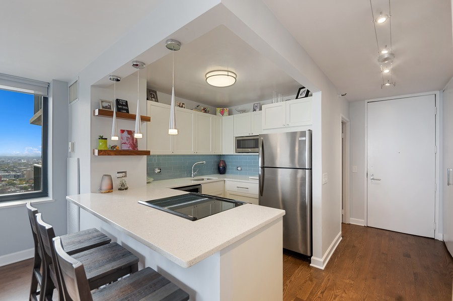 Real Estate Photography - 3660 N. Lake Shore Drive, Unit 3903, Chicago, IL, 60613 - Kitchen