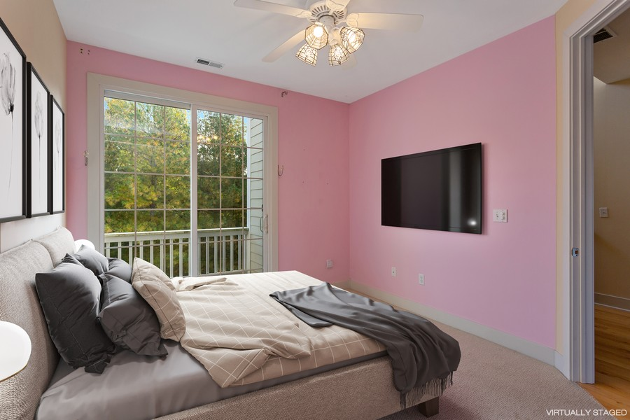 Real Estate Photography - 105 N Thompson St, New Buffalo, MI, 49117 - Guest Room