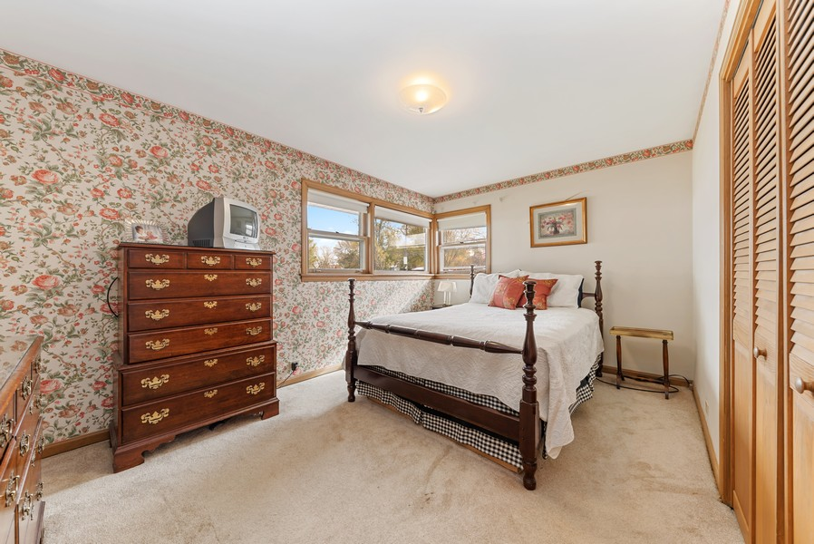 Real Estate Photography - 610 N Wilshire, Arlington Heights, IL, 60004 - Bedroom