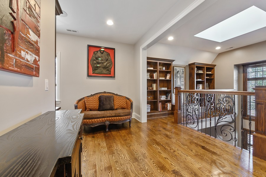 Real Estate Photography - 4425 Oakwood Ave, Downers Grove, IL, 60515 - 2nd Floor Office Niche and Library
