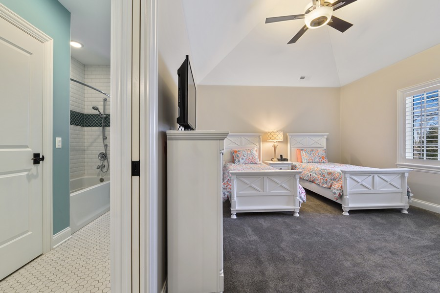 Real Estate Photography - 4425 Oakwood Ave, Downers Grove, IL, 60515 - Bedroom 3