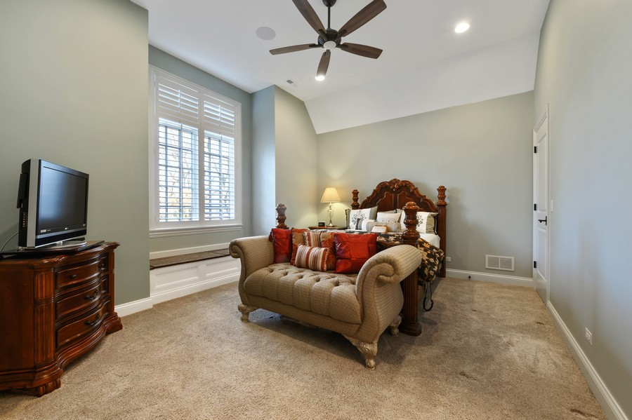 Real Estate Photography - 4425 Oakwood Ave, Downers Grove, IL, 60515 - Bedroom 4