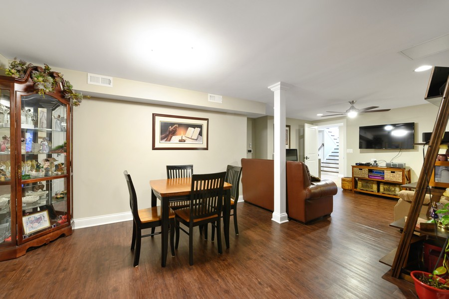 Real Estate Photography - 4425 Oakwood Ave, Downers Grove, IL, 60515 - Handicapped Accessible Multi Gen Eating Area