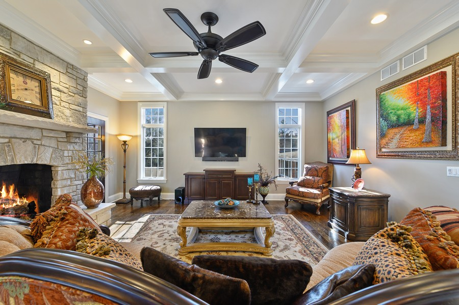 Real Estate Photography - 4425 Oakwood Ave, Downers Grove, IL, 60515 - Family Room