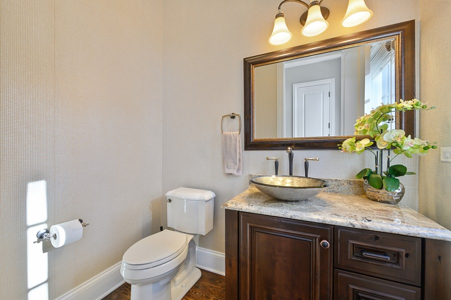 Real Estate Photography - 4425 Oakwood Ave, Downers Grove, IL, 60515 - 1st Floor Powder