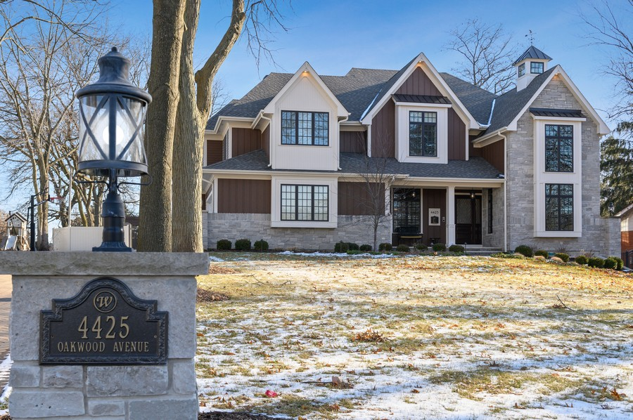Real Estate Photography - 4425 Oakwood Ave, Downers Grove, IL, 60515 - Front View