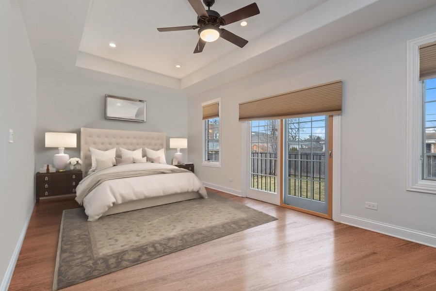 Real Estate Photography - 1406 E Lake Ave, Glenview, IL, 60025 - Master Bedroom