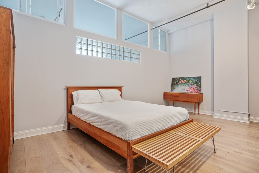 Real Estate Photography - 1020 S Wabash, Chicago, IL, 60605 - Master Bedroom