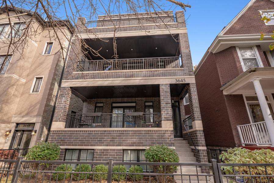Real Estate Photography - 3645 N Damen Ave #3, Chicago, IL, 60618 - Front View