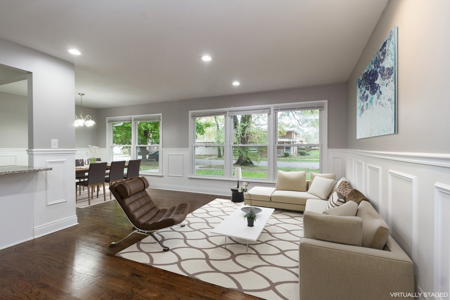 Real Estate Photography - 1400 E. 146th St., Dolton, IL, 60419 - Living Room