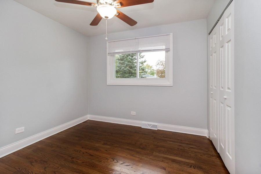 Real Estate Photography - 1400 E. 146th St., Dolton, IL, 60419 - Bedroom