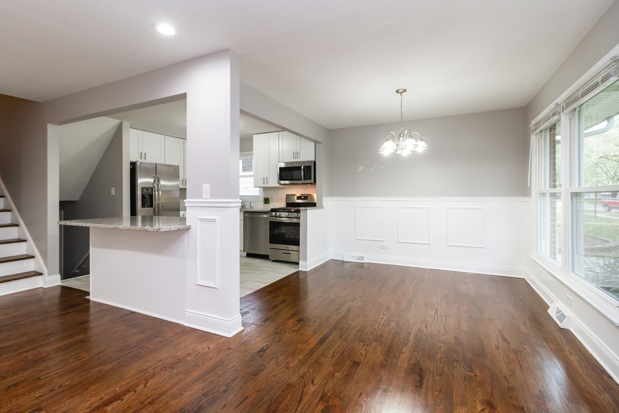 Real Estate Photography - 1400 E. 146th St., Dolton, IL, 60419 - Kitchen / Breakfast Room