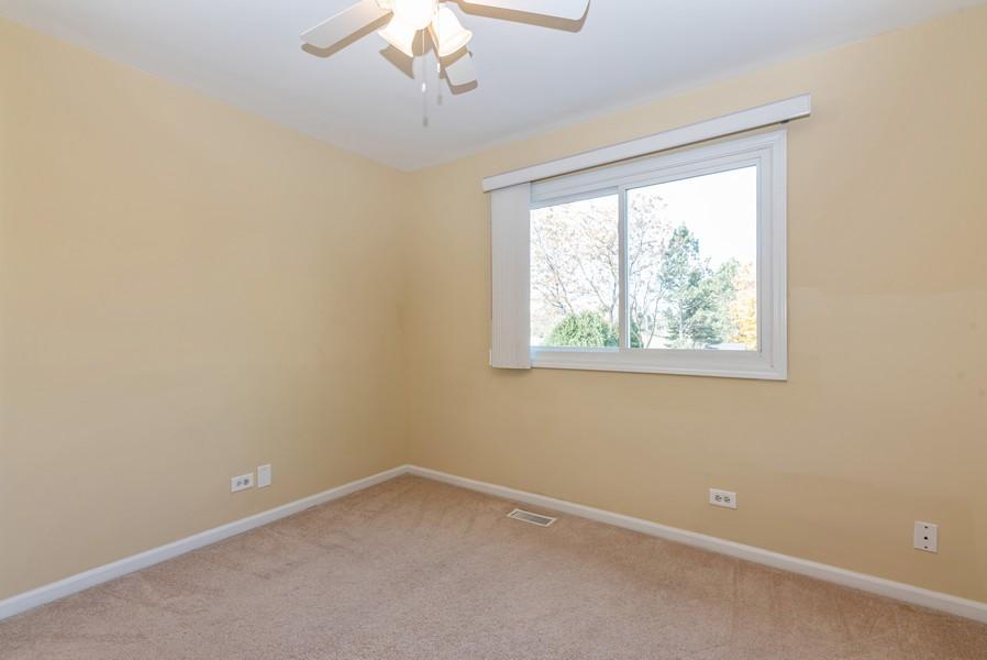 Real Estate Photography - 2100 Brandywyn Ln, Buffalo Grove, IL, 60089 - 2nd Bedroom
