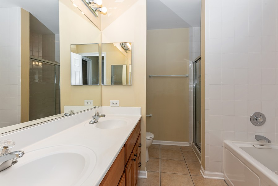 Real Estate Photography - 2100 Brandywyn Ln, Buffalo Grove, IL, 60089 - Master Bathroom