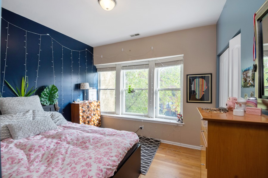 Real Estate Photography - 3100 W Leland, #201, Chicago, IL, 60625 - 2nd Bedroom